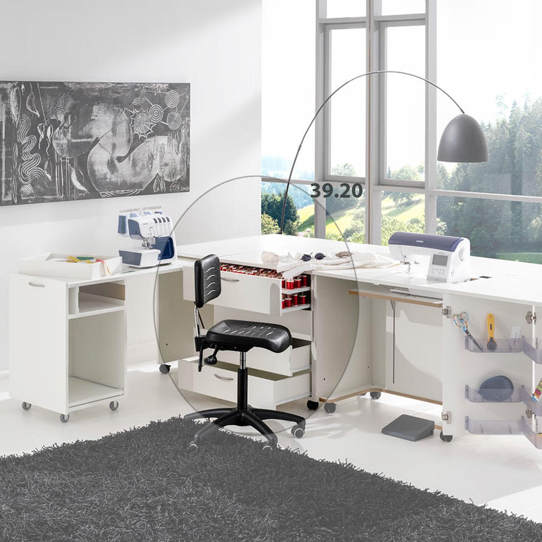 Die Möbelkombination Dublin mit dem Nähmöbel, dem Schubladen-Container und dem Auszugscontainer sorgt für einen ideal ausgestatteten Arbeitsplatz.