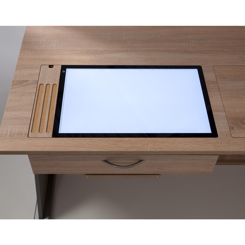 Der zusätzliche Ausschnitt mit dem LED-LightPad auf der linken Plattenfläche ist die ideale Ergänzung.