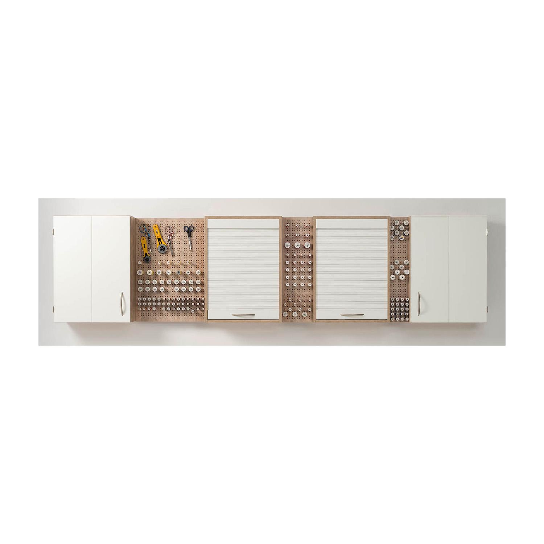 Die Pin-Boards sind in insgesamt 15 unterschiedlichen Breiten erhältlich und lassen sich beliebig mit den Hängeregalen kombinieren.