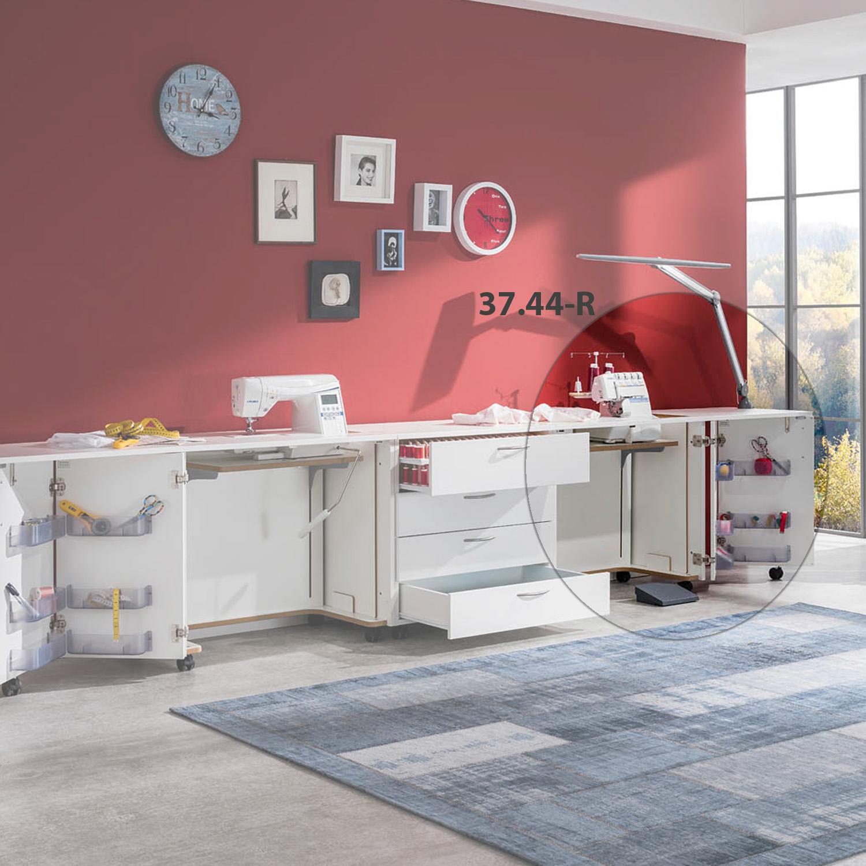 Aus zwei Nähmöbel und einem Schubladen-Rollschrank besteht die Kombination Tokio. Ideal für einen Nähplatz Nähmaschine und Overlock.